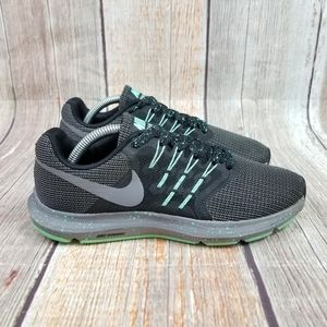 Nike Run Swift Gunsmoke Women's Size 7